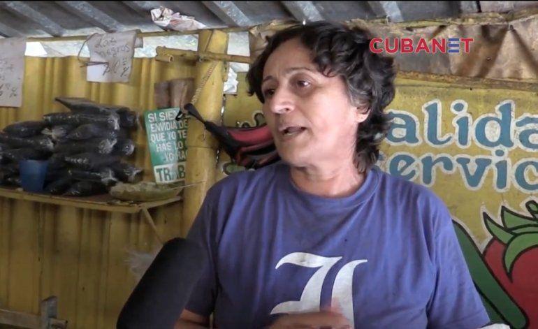 Las cubanas de la isla  prefieren no hablar de política