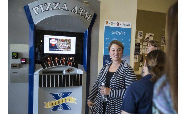 Escuela en Ohio cuenta con máquina expendedora de pizzas