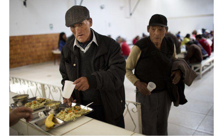 Pobres viven ajenos a la mayor feria de comida en Perú