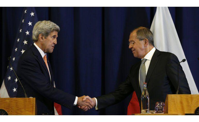 EEUU y Rusia presentan alto el fuego sirio, alianza militar