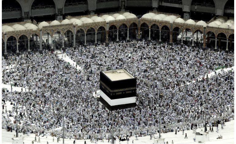 Peregrinos musulmanes comienzan el haj, sin iraníes este año