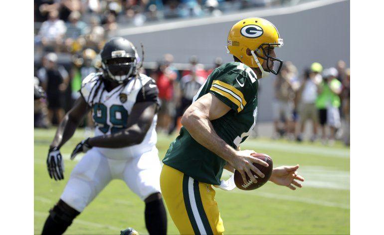 Rodgers lanza 3 pases de touchdown; Packers vencen a Jaguars