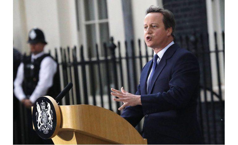 Cameron dejará su cargo en el Parlamento británico