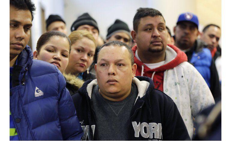 Documentos de identidad alivian la carga de inmigrantes