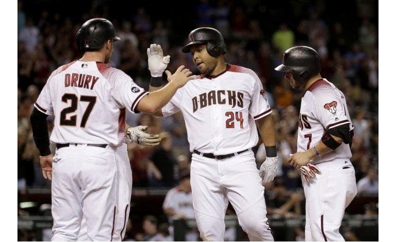 Grand slam de Tomás impulsa a Diamondbacks ante Rockies