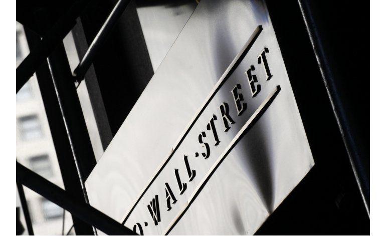 Acciones de energía hacen retroceder a Wall Street