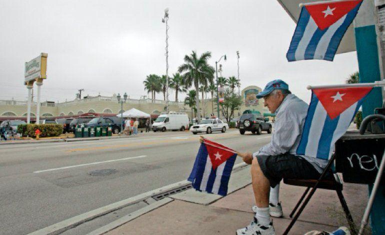 Mayoría de cubanos en Miami quiere fin del embargo, pero no espera cambios en Cuba