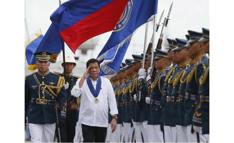 Testigo dice que presidente de Filipinas ordenó asesinatos