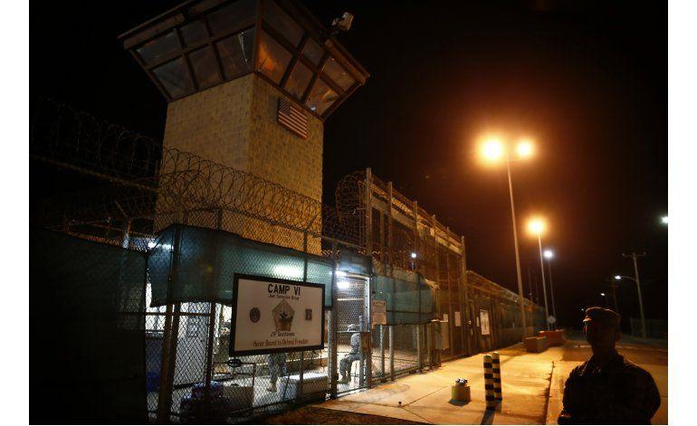 Cámara baja aprueba suspender transferencias de Guantánamo