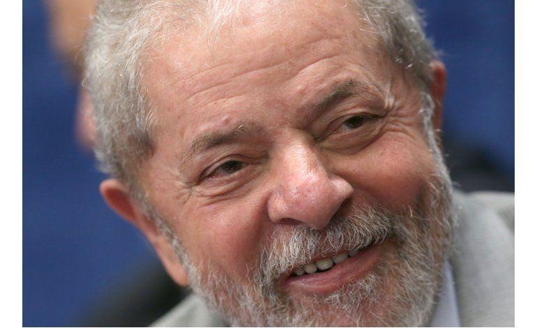 Lula dice que los fiscales quieren acabar con su carrera