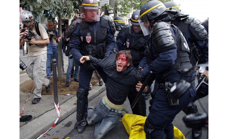 Protesta contra reforma laboral en Francia se torna violenta