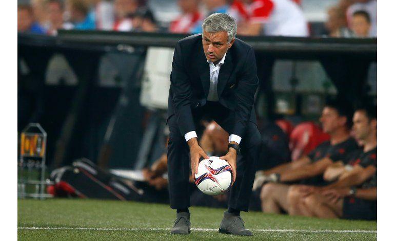 El United de Mourinho naufraga en su debut de Liga Europa