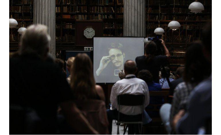 Snowden dice que votará en comicios a la presidencia de EEUU