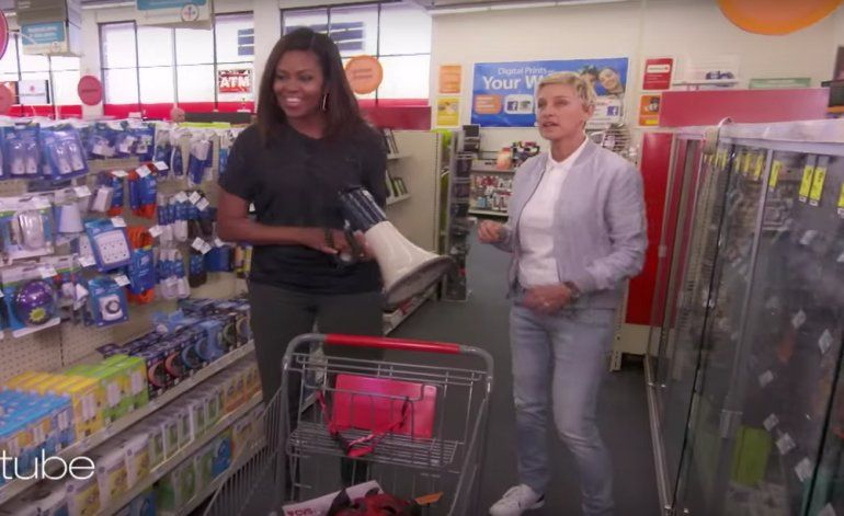 Michelle Obama se fue de compras a una farmacia CVS (VIDEO)