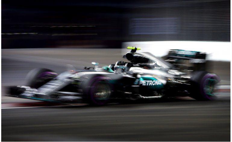 Nico Rosberg domina la segunda práctica en Singapur