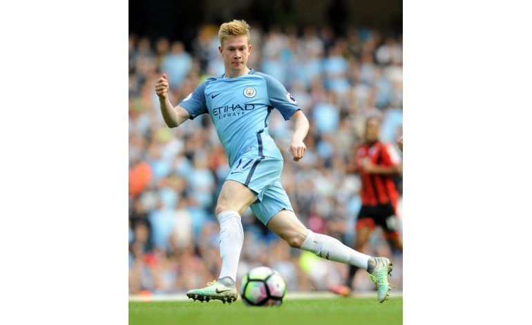 De Bruyne brilla y el City sigue imparable en la Premier