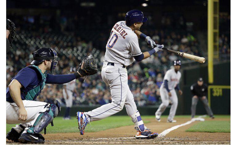 Con sencillo de Gurriel, Astros superan a Marineros