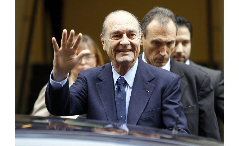 Expresidente francés Chirac con infección pulmonar