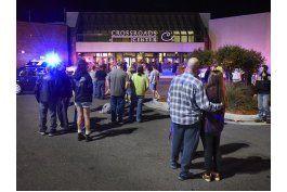 nueve heridos con punal en centro comercial de minnesota