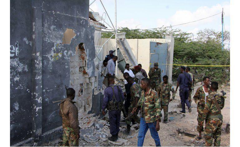 Coche bomba suicida deja a un general muerto en Somalia