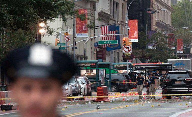 Gobernador de Nueva York considera explosión en Manhattan como un acto de terrorismo aunque no lo vincula a una organización internacional