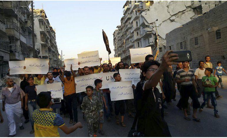 Ataques aéreos sacuden la frágil tregua en Siria