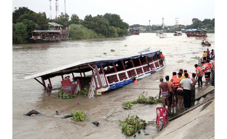 Suben a 18 los muertos en naufragio en Tailandia