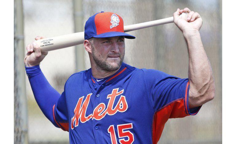 Mismo número, nuevo deporte: Tebow va a campamento de Mets