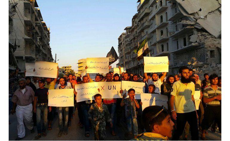 Atacan una caravana humanitaria, Siria declara fin de tregua