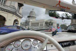 gobierno cubano despliega a inspectores para sancionar a almendrones