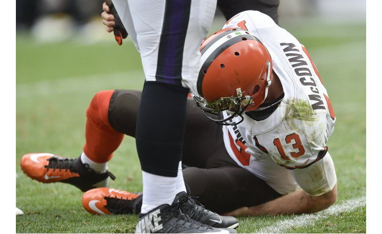 Browns contratan a quarterback Whitehurst