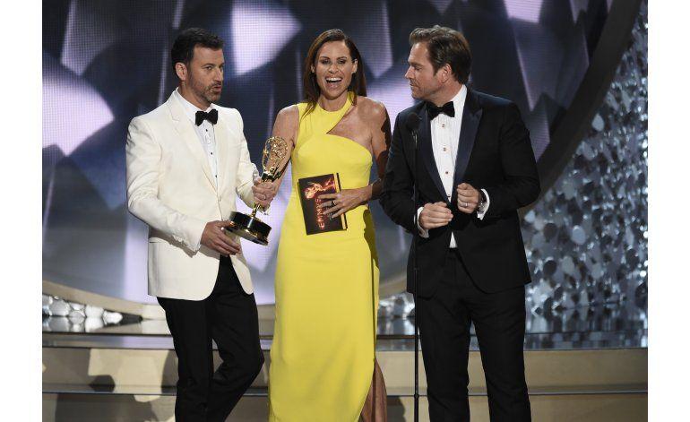 Maggie Smith le pregunta a Jimmy Kimmel dónde quedó su Emmy