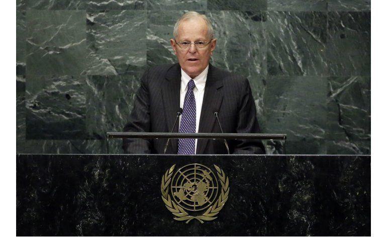 Perú y Panamá piden diálogo en Venezuela