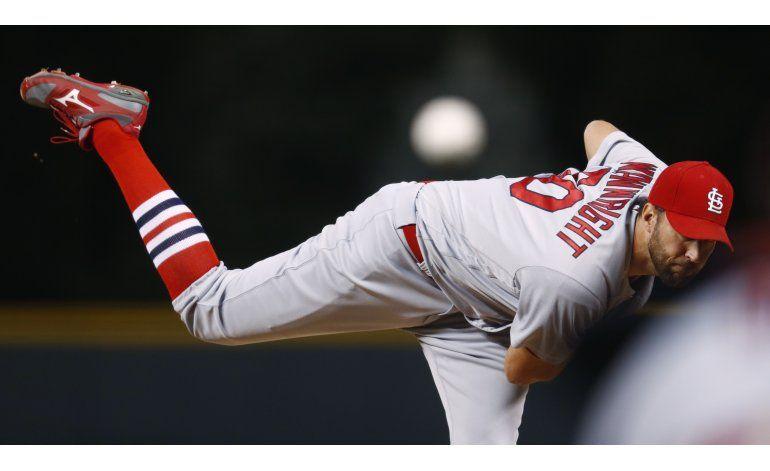 Wainwright empuja 4 y los Cardenales doblegan a los Rockies