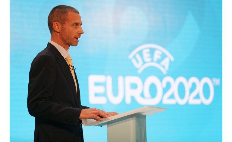 Presidente de la UEFA discutirá posible pago a Platini