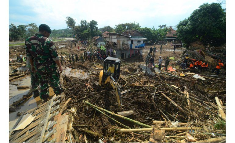 Indonesia: 20 muertos por lluvias e inundaciones en Java