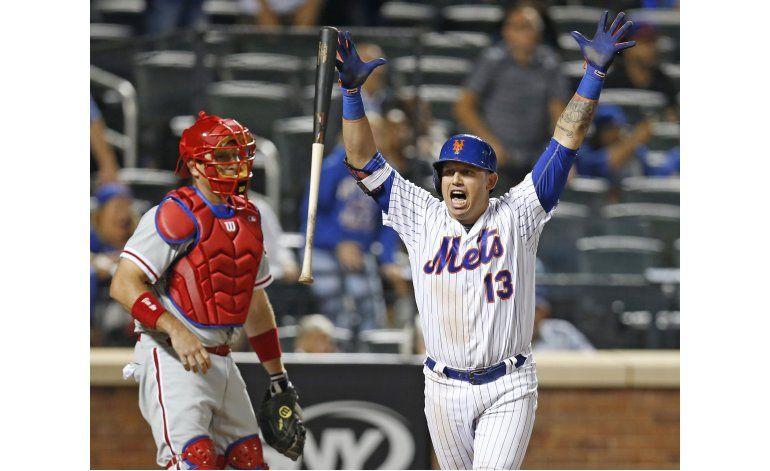 Cabrera jonronea en 11mo inning y lidera a Mets ante Filis