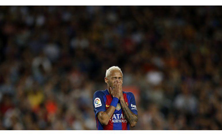Corte reabre caso contra Neymar por transferencia al Barsa