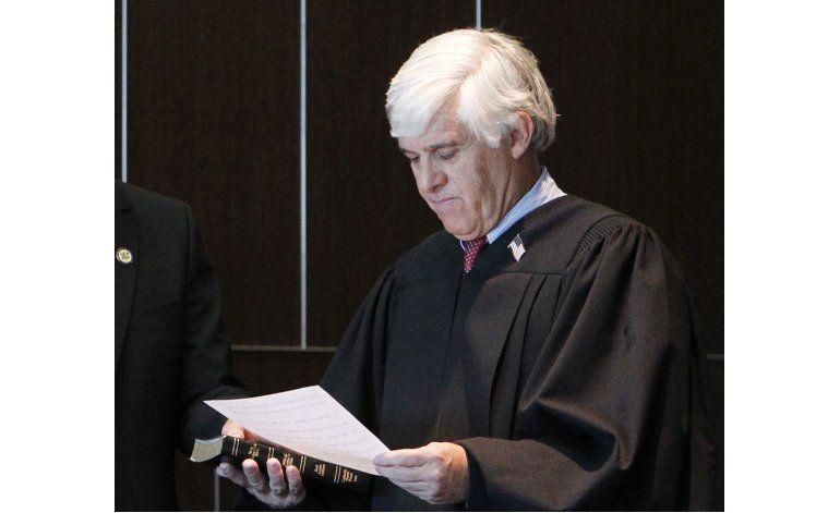 Trump agrega 10 jueces a lista para vacante en Corte Suprema