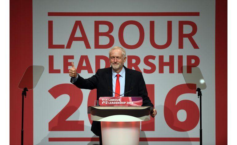 Laboristas británicos reeligen a Jeremy Corbyn como líder
