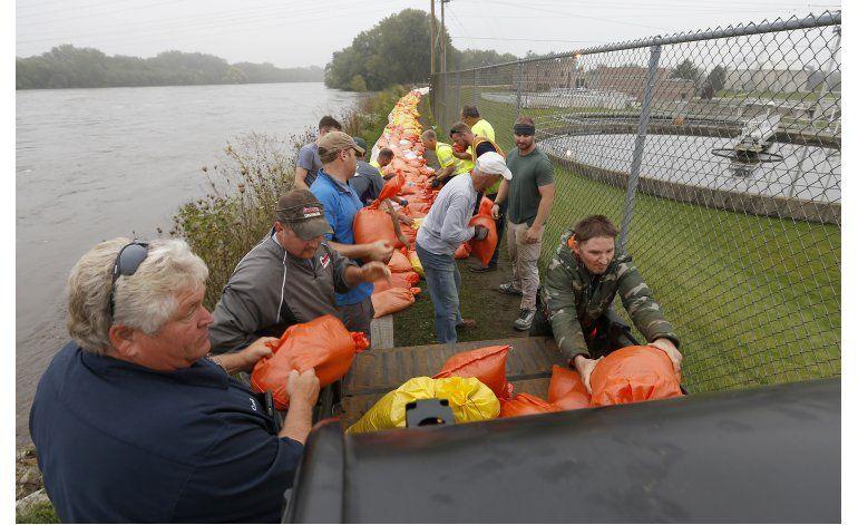 Iowa se prepara para inundaciones ante llegada de más lluvia