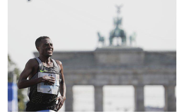 Kenenisa Bekele gana la maratón de Berlín sin batir marca
