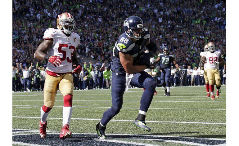 Russell Wilson se lesiona en paliza de Seattle sobre 49ers