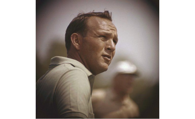Fallece Arnold Palmer, el jugador que popularizó el golf