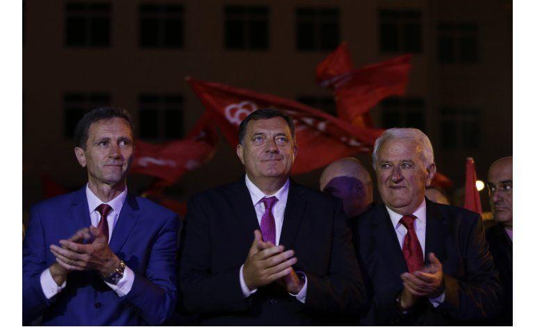Serbobosnios votan de forma abrumadora por polémico feriado
