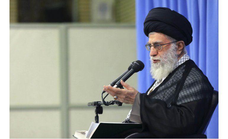 Ayatolá pide a Ahmadinejad no buscar la presidencia de Irán