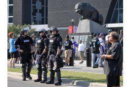 cuestionan uso de camaras policiales en muerte en charlotte