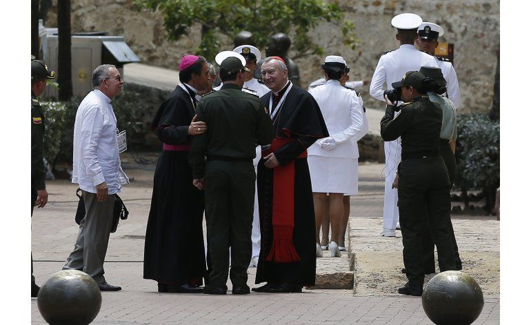 Emotiva ceremonia marca el adiós a las armas de las FARC