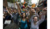 Miles de venezolanos salieron a las calles para exigir la salida de Nicolás Maduro en la llamada toma de Venezuela