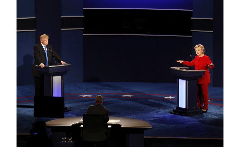 Clinton y Trump discuten sobre los impuestos y el terrorismo